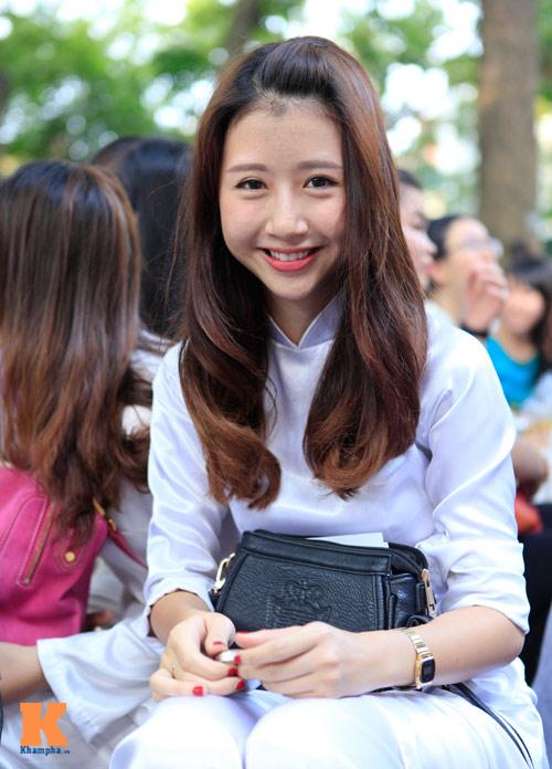 Nữ sinh Hà thành đọ vẻ xinh đẹp - 8