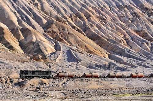 Tuyến xe lửa ngoạn mục trên dãy núi Andes - 7
