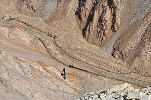 Tuyến xe lửa ngoạn mục trên dãy núi Andes - 12