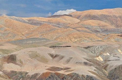 Tuyến xe lửa ngoạn mục trên dãy núi Andes - 15