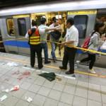 Tin tức trong ngày - Đài Loan: Đâm dao điên loạn trên tàu điện ngầm