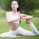 Ca nhạc - MTV - Trà Ngọc Hằng gợi cảm tập Yoga