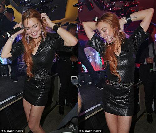 Lindsay Lohan dẫn em trai ăn chơi ở Cannes - 6