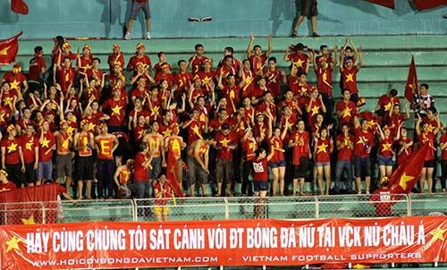 Hội CĐV bóng đá VN gửi tâm thư cho HLV đội tuyển nữ - 1