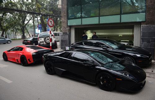 Đại gia chơi siêu xe, xe sang theo cặp ở Hà Nội - 4