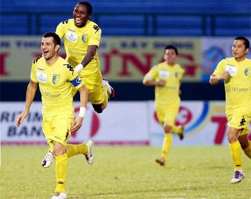 """Vòng 16 V-League: Ông Miura """"chấm điểm"""" các tuyển thủ - 1"""
