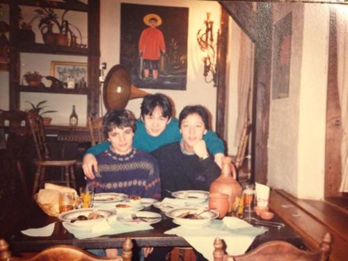 Nhạc sỹ Quốc Trung khoe ảnh thời trai trẻ - 8