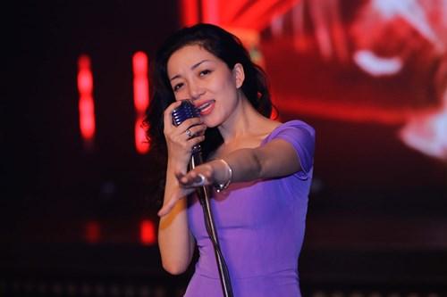 Đoan Trang tái xuất sau 2 tháng sinh con - 6