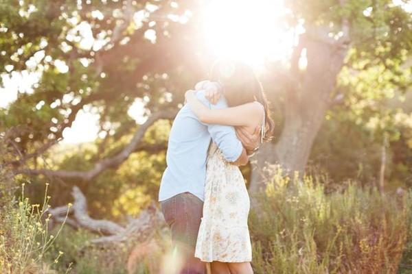 Thơ tình: Nguyện yêu em
