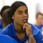 Bóng đá - Không dự World Cup, Ronaldinho vẫn nghĩ ra cách kiếm tiền
