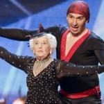 Ca nhạc - MTV - Cụ bà 79 tuổi gây bão Got Talent gãy xương sườn