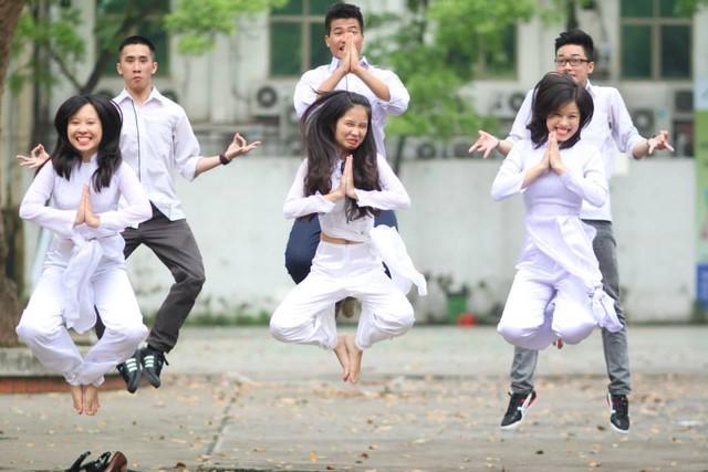 """Clip """"Chào 96"""" vui nhộn của học sinh Việt Đức"""