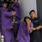 """Tin tức trong ngày - Malaysia: Thiếu nữ bị 38 """"yêu râu xanh"""" cưỡng bức"""