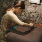 Thời trang - Giới trẻ Hà Thành hào hứng làm đồ da thủ công