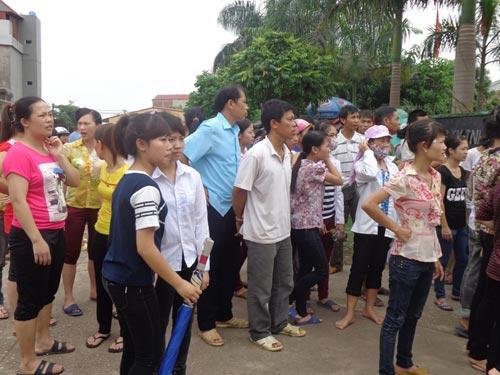 Cháy lớn ở Bắc Giang, hơn 1.000 công nhân tháo chạy - 7