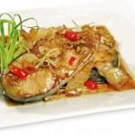Ẩm thực - Ngon cơm với cá hú kho riềng