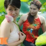Thời trang - Hà Nội: Lên bà ngoại vẫn mặc yếm chụp ảnh sen