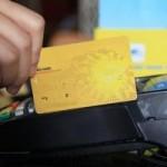 Tài chính - Bất động sản - Triệt thu phí cà thẻ