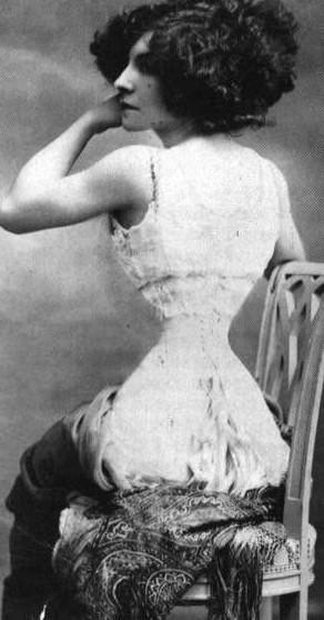 Kinh ngạc với vòng eo siêu nhỏ của phụ nữ xưa - 3