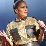 """Ca nhạc - MTV - Hết """"đòi hỏi"""", Jennifer Lopez lại tham gia World Cup"""