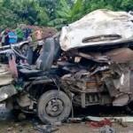Tin tức trong ngày - Phú Thọ: Xe khách đâm container, 12 người thương vong
