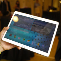 Cận cảnh Samsung Galaxy Tab S 10.5 giá 10,5 triệu đồng