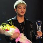 """Ca nhạc - MTV - """"Giải 1 tỷ"""" loại 3 ca khúc của Sơn Tùng"""