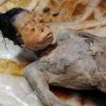Kinh ngạc xác ướp cổ 600 năm vẫn còn nguyên vẹn