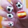 Thể hiện tình yêu World Cup qua mẫu nail