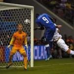 """Bóng đá - Góc 3D: Xem Balotelli đánh đầu """"kết liễu"""" ĐT Anh"""