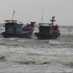 Tin tức trong ngày - Cứu sống 11 ngư dân gặp nạn ở Hoàng Sa