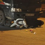Tin tức trong ngày - Xe máy tông  ô tô, 4 thanh niên tử vong tại chỗ
