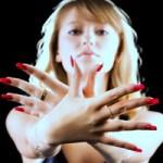 Bắt bệnh qua sắc màu móng tay