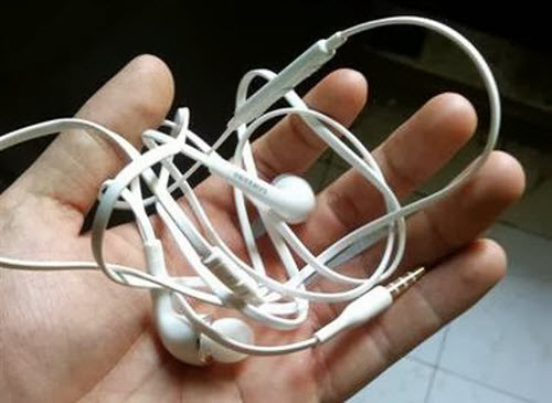 Làm sao để dây tai nghe không bị rối? - 2