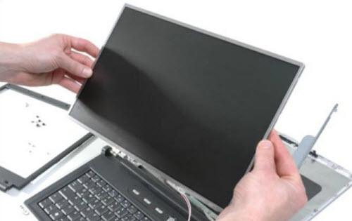 4 mẹo bảo vệ màn hình laptop đúng cách - 3
