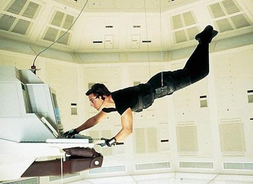 Video: Nín thở xem Tom Cruise làm siêu trộm - 4