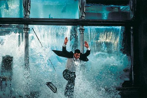 Video: Nín thở xem Tom Cruise làm siêu trộm - 2