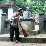 Tin tức trong ngày - Cụ bà hơn 30 năm trông mộ Vua trên đỉnh Mã Yên Sơn