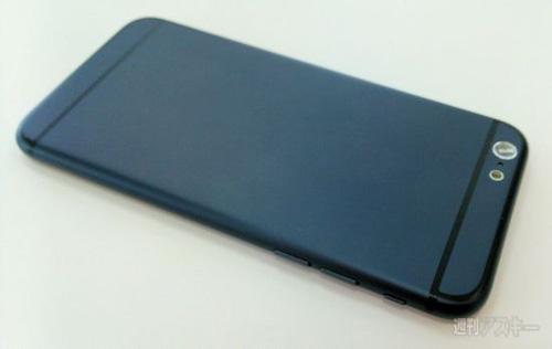 iPhone 6 cực đẹp đọ dáng bên HTC One M8 - 3