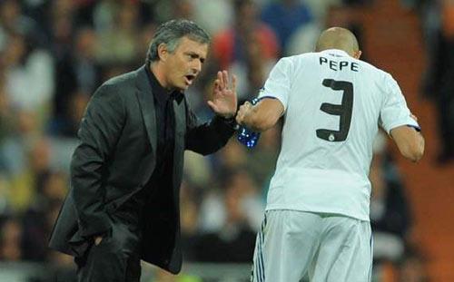 Mourinho gào thét đòi loại Pepe khỏi ĐT Bồ Đào Nha - 1