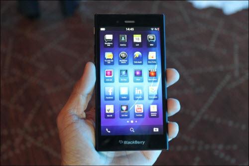 Ra mắt BlackBerry Z3 giá 4,59 triệu đồng - 2