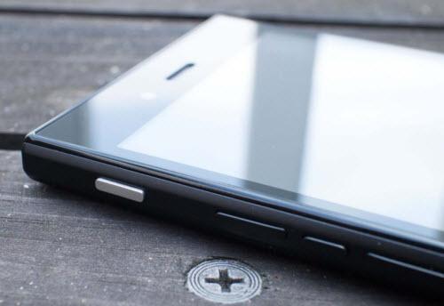Ra mắt BlackBerry Z3 giá 4,59 triệu đồng - 4