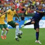 """Bóng đá - Úc - Hà Lan: Bay cùng """"song sát"""""""