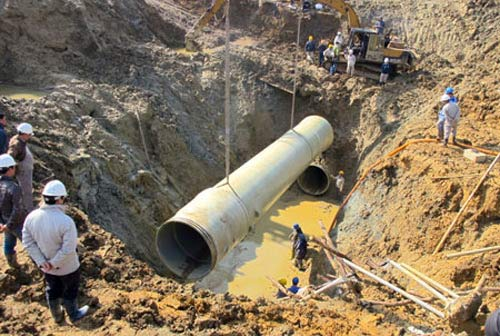 Bộ Xây dựng công bố nguyên nhân vỡ đường ống nước - 1
