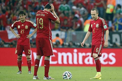 Cầu thủ TBN bào chữa, Casillas tính từ giã ĐTQG - 1