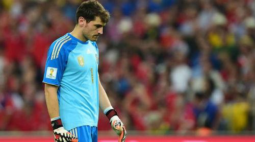 Cầu thủ TBN bào chữa, Casillas tính từ giã ĐTQG - 2
