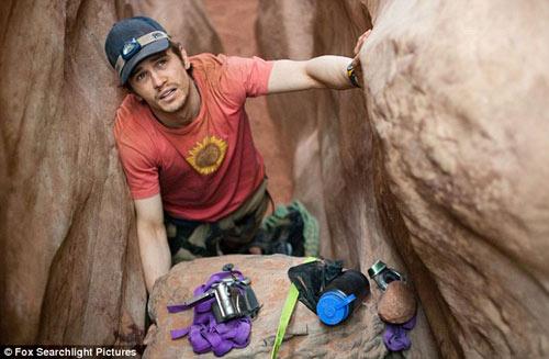 TQ: Giải cứu một phụ nữ bị mắc kẹt dưới khe đá - 2