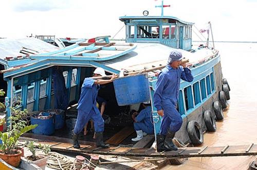 Ngư dân háo hức chờ vay vốn ưu đãi mua tàu - 1