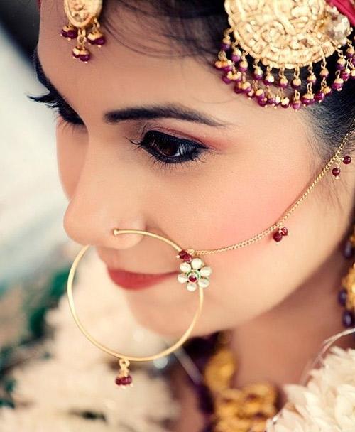 Trang phục cưới độc đáo của cô dâu Ấn Độ - 4