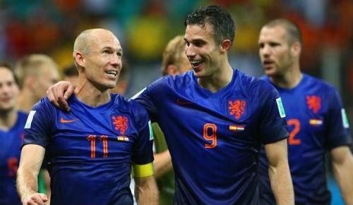 """""""Cơn lốc"""" Hà Lan: Đâu chỉ có Persie và Robben - 1"""